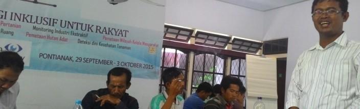 15-Peneliti Yayasan Satunama Yogyakarta, Himawan Pambudi di Kelas I Gelombang Pertama Sekolah Desa Gemawan