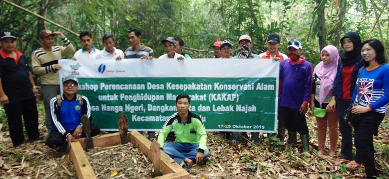 KONSERVASI ALAM: Satu di antara kegiatan Gemawan di perencanaan desa kesepakatan konservasi alam untuk penghidupan masyarakat di kabupaten Kapuas Hulu. Foto: GEMAWAN.