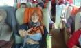 NAIK BIS: Direktur Gemawan, Laili Khairnur (kanan) berhimpun bersama 23 orang bertandang ke Sintang, guna mengikuti Workshop Persiapan Pelaksanaan Program MCA-Indonesia 2016-2017 di Hotel My Home Sintang, Rabu (17/08/2016). Foto: Agus Budiman/GEMAWAN.